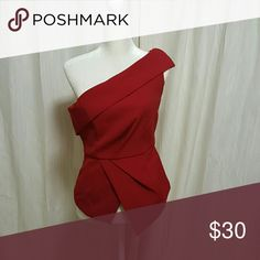 Red geometric top One shoulder red top from Versona. Thick structured material. Zips up on the side. Never worn. NWOT Tops