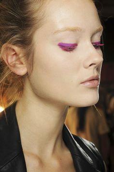 Der Sommer 2013 wird bunt: Farbiger #Lidstrich und farbige #Mascara