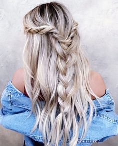 45 Party hairstyles for long hair to copy right now hairstyles # - My list of women's hair styles Party Hairstyles For Long Hair, Down Hairstyles, Summer Hairstyles, Braided Hairstyles, Prom Hairstyles, Amazing Hairstyles, Simple Hairstyles, Braided Updo, Updo Hairstyle