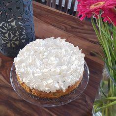 Rhabarber - Baiser - Kuchen, ein raffiniertes Rezept aus der Kategorie Kuchen. Bewertungen: 429. Durchschnitt: Ø 4,7.