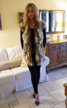 shegoeswear.blogspot.com - fur gilet