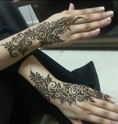 amazing henna - I love this style.....bold and beautiful