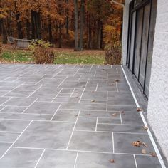 Stamped Concrete Ashler Slate Pattern With Light Grey And