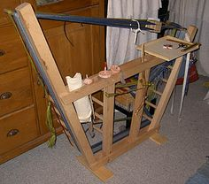 This is a nifty loom!