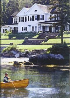 A Maine House  Looks like the homes on the water in Marble Head, MA where the sailing races are!!!
