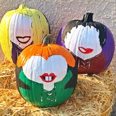 Halloween Signs, Fall Halloween, Halloween Crafts, Dyi Decorations, Halloween Decorations, Character Pumpkins, Halloween Care Packages, No Carve Pumpkin Decorating, Pumpkin Crafts
