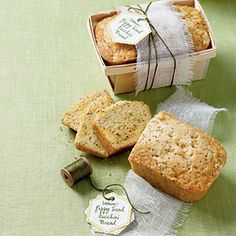 Lemon-Poppy Seed Zucchini Bread - made this today....so tasty and a great way to eat your veggies! Quick Bread Recipes, Zucchini Bread Recipes, Zuchinni Bread, Cooking Recipes, Diabetic Recipes, Food Gifts, Southern Living, Sweet Bread, Bread Packaging