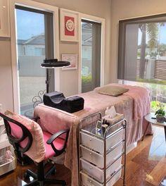 Beauty Room Salon, Beauty Room Decor, Facial Room, Tech Room, Spa Room Decor, Esthetics Room, Deco Studio, Salon Interior Design, Massage Room