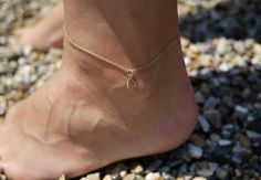 DIY: anklet --- I want to do this but in Silver!!