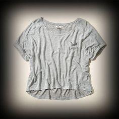 ホリスター レディース Tシャツ  Hollister Beacons Beach Drapey Knit T-Shirt ニット Tシャツ★シンプルなデザインで色んな着回しがしやすいアイテム!胸のポケットがポイント!   ★ヴィンテージストーンウォッシュ加工が一点一点違ってダメージがいい感じに個性的に味がでてて惹かれるお洒落ポイント。