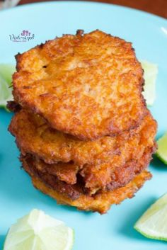 These crazy-easy, super simple tuna croquettes help busy people get homemade meals on the table! Tuna croquettes are a cinch to make, but they're bursting with delicious spices and flavors! Dig in for an awesome fish recipe that everyone will love! Easy Tuna Recipes, Healthy Chicken Recipes, Fish Recipes, Seafood Recipes, Cooking Recipes, Fish Dishes, Seafood Dishes, Tuna Croquettes Recipe, Tuna Patties