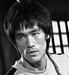 Jeet Kune Do, Bruce Lee Photos, King Of Kings, Martial Arts, Hero, Legends, Dragons, Art, Combat Sport