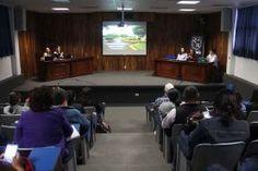- Docentes de dicha Unidad Académica participaron en un dialogo en el cual abordaron distintos temas referentes al papel de...