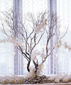 white, Centerpieces, Modern Wedding Flowers & Decor, Winter Wedding Flowers & Decor