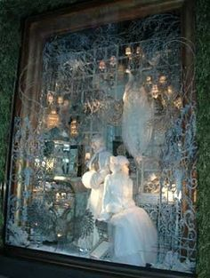 Mighty Lists: 15 amazing department store christmas window displays