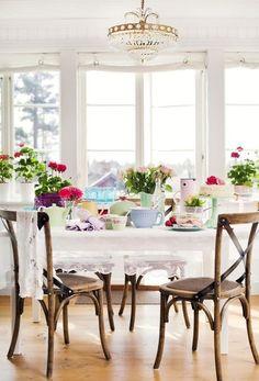ZsaZsa Bellagio: Beautiful Home & Garden