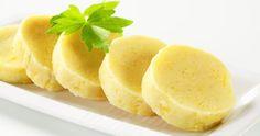 Táto lahodná domáca zemiaková knedľa sa výborne hodí ku pečenému mäsku a dusenej kapuste. Cantaloupe, Fruit, Ethnic Recipes, Basket