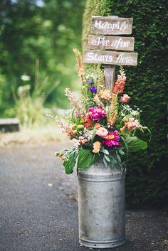 Image: Steven Barber // Flowers: Made In Flowers