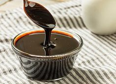 Want a replacement for molasses? 8 of the best cooking alternatives for every recipe from cookies to gingerbread, to glazed ham and Boston Baked Beans. Pureed dates, honey, golden syrup, maple syrup and all the ways you can use these molasses alternatives 13 Desserts, Dessert Recipes, Sweet Desserts, Appetizer Recipes, Kefir, Stevia, How To Make Molasses, Molasses Substitute, Breakfast Potluck