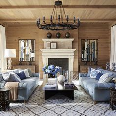 Los Angeles–based designer Martyn Lawrence Bullard (@martynbullard) creates high-octane, ultra-glamorous interiors for an A-list clientele that includes the likes of Tommy Hilfiger, Kourtney Kardashian and Cher. Tour 6 of his projects on 1stdibs (link in bio). #1stdibsdesign