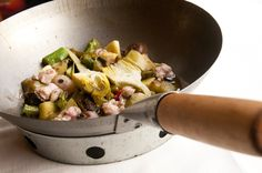 Wok de verduras ecológicas con mollejas de cordero o con pita pinta de #asturias