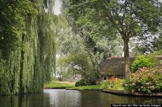 Take A Trip To The Town With No Roads  How much do you want to live in--or barring that, visit--a place where there are no cars? What a dream come true. The town of Giethoorn, located about 55 miles ...