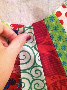 Tree Skirt tutorial by sewcraftyjess, via Flickr