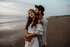 Intimate Couple Shooting at the Beachside by Sarah Everything › Beloved Stories Couples Beach Photography, Photo Poses For Couples, Couple Photoshoot Poses, Couple Posing, Couple Portraits, Couple Shoot, Love Photography, Couple Beach, Photo Couple