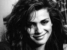 And who is (was) the most beautiful girl in the world..... Gia Marie Carangi.  When I read her story and saw the movie (Angelina Jolie) I couldn't believe that you can be that gorgeous, I mean flawless from head to toe and can be unhappy at the same time. No model can beat GIA.