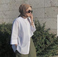 Hijab Fashion Summer, Modest Fashion Hijab, Stylish Hijab, Casual Hijab Outfit, Hijab Chic, Fashion Outfits, Islamic Fashion, Muslim Fashion, Simple Outfits