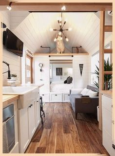 Home interior Pictures Wall Galleries - - - Home interior Colors Neutral Benjamin Moore Modern Tiny House, Tiny House Living, Tiny House Plans, Tiny House Design, Tiny House On Wheels, Interior Design Minimalist, Modern Interior, Tiny Homes Interior, Interior Colors