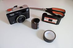 If you finally got a 126 roll, don't stop reloading it with your favorite 35 mm film and use it with your Agfamatic or Kodak Instamatic camera!!