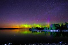WOW! Northern Lights early this Wednesday morning from Duluth, Minnesota. Photo: Shixing Wen. #Aurora #NorthernLights