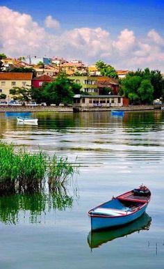 Gölyazı, Am Ulubat-See, Bursa, Nordtürkei – Weekend holiday - Best Travel Photos Landscape Photos, Landscape Paintings, Beautiful World, Beautiful Places, Turkey Places, Italy Street, Istanbul Travel, All Nature, Travel Images