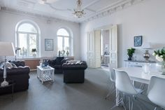 Mäklare i Stockholm, Göteborg, Malmö och Båstad - Skeppsholmen Fastighetsmäkleri Sotheby's Realty Room Inspiration, Decor, Furniture, Living Room Inspiration, Living Room, Home, Interior, Swedish Interiors, Room