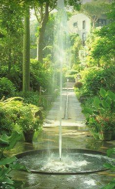 Zen Water Fountain Ideas for Garden Landscaping - DIY Garten Landschaftsbau Diy Water Fountain, Garden Water Fountains, Fountain Ideas, Fountain Design, Fountain Garden, Outdoor Fountains, Garden Ponds, Water Gardens, Lush Garden