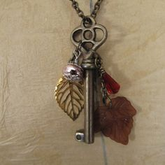 i have an old key and similar beads already... what a great idea