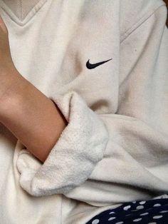 Sweater: retro vintage v neck sweatshirt comfy oversized nike top white cool sportswear sweat nike