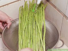 4 Ways to Steam Asparagus - wikiHow Steamed Asparagus, How To Cook Asparagus, Fresco, Vitamin K, Celery, Tasty, Cooking, Recipes, Food