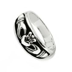 Nickel Free Polished Finish 925 Sterling Silver Irish Claddagh Friendship and Love Ring Chuvora. $24.99. weight: 7.1 gram. 10 mm Width Irish Claddagh Ring. .925 Stering Silver. Packaging: Black Velvet Pouch