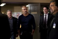 S8E20, Alchemy. Local Detective Tom Landry (Guest Star: John Posey) assists Morgan (Shemar Moore), Hotch (Thomas Gibson) and Rossi (Joe Mantegna) when the BAU travels to Rapid City after two male victims are discovered murdered in a ritualistic manner.