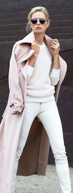 Cosy White Outfit with Pale Pink Trench Coat  • Street CHIC • ❤️ Babz™ ✿ιиѕριяαтισи❀ #abbigliamento
