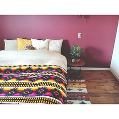 ヒッピーテイストとインドなどの民族調を合わせたような自由で居心地の良いお部屋が、じわじわと人気急上昇中。そんな「Bohoスタイル」を一早く取り入れているお部屋の実例と、インテリアのポイントなどをご紹介。シンプルでモダンなBohoスタイルから、カラフルな色使いのお部屋まで、マネしたくなるコーディネートがたくさん。それぞれのお部屋をチェックしてご自宅に取り入れてみませんか?