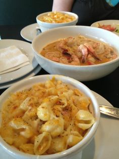 Killer Combo: Lobster Mac n' Cheese with a Killer Shrimp bowl!