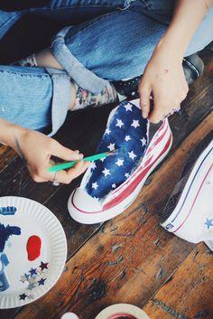 DIY American Flag Converse | Free People Blog #freepeople