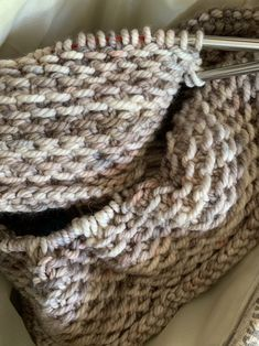 Free Knitting Patterns, Are They Worth It? – New England's Narrow Road, blog post about trying out free knitting patterns and where to find them. #freeknittingpatterns #knittingblog #honeycowl