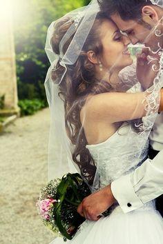 I do! Perfect bride & groom shot under her veil. #weddingphotos