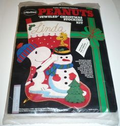 SNOW-PALS-Peanuts-Jeweled-Christmas-Stocking-Kit-Felt-Applique-Snoopy-Woodstock