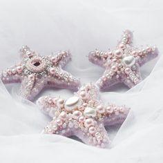 """161 Likes, 37 Comments - Бижутерия ручной работыМосква (@pavlenkova_svetlana) on Instagram: """"Друзья, всем привет! Многие их ждали и вот они - броши морские звезды, целая коллекция  Они…"""""""