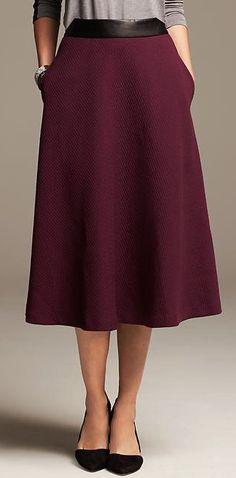 burgundy jacquard midi skirt http://rstyle.me/n/p4wn6pdpe